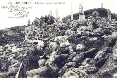 abbe Fouéré sculpting the carved rocks close to saint malo